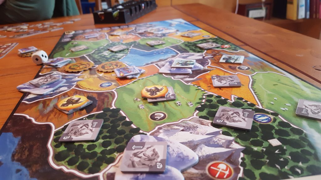 small world game play