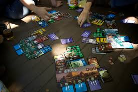 7 wonders board game played