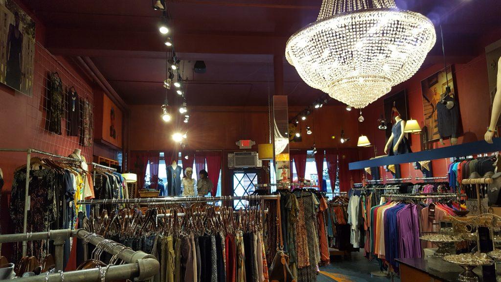 shopping upper valley